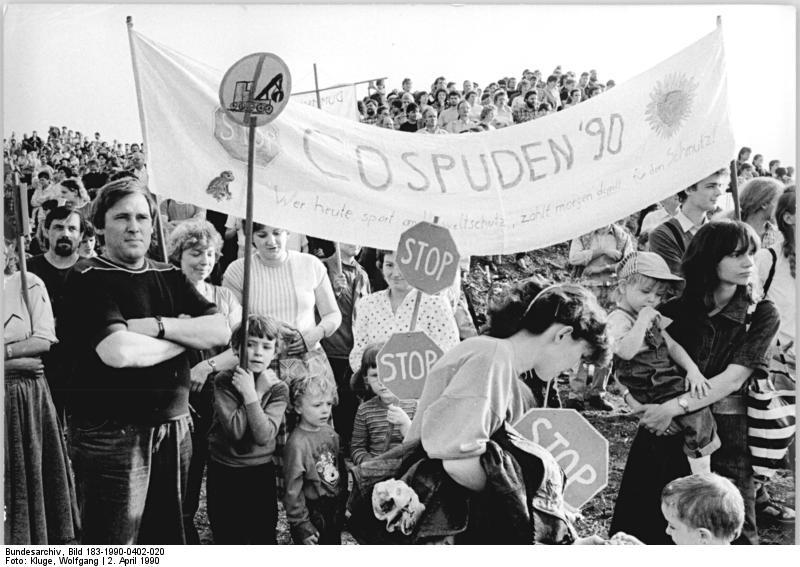 Protest gegen Erweiterung des Tagebaus Cospuden